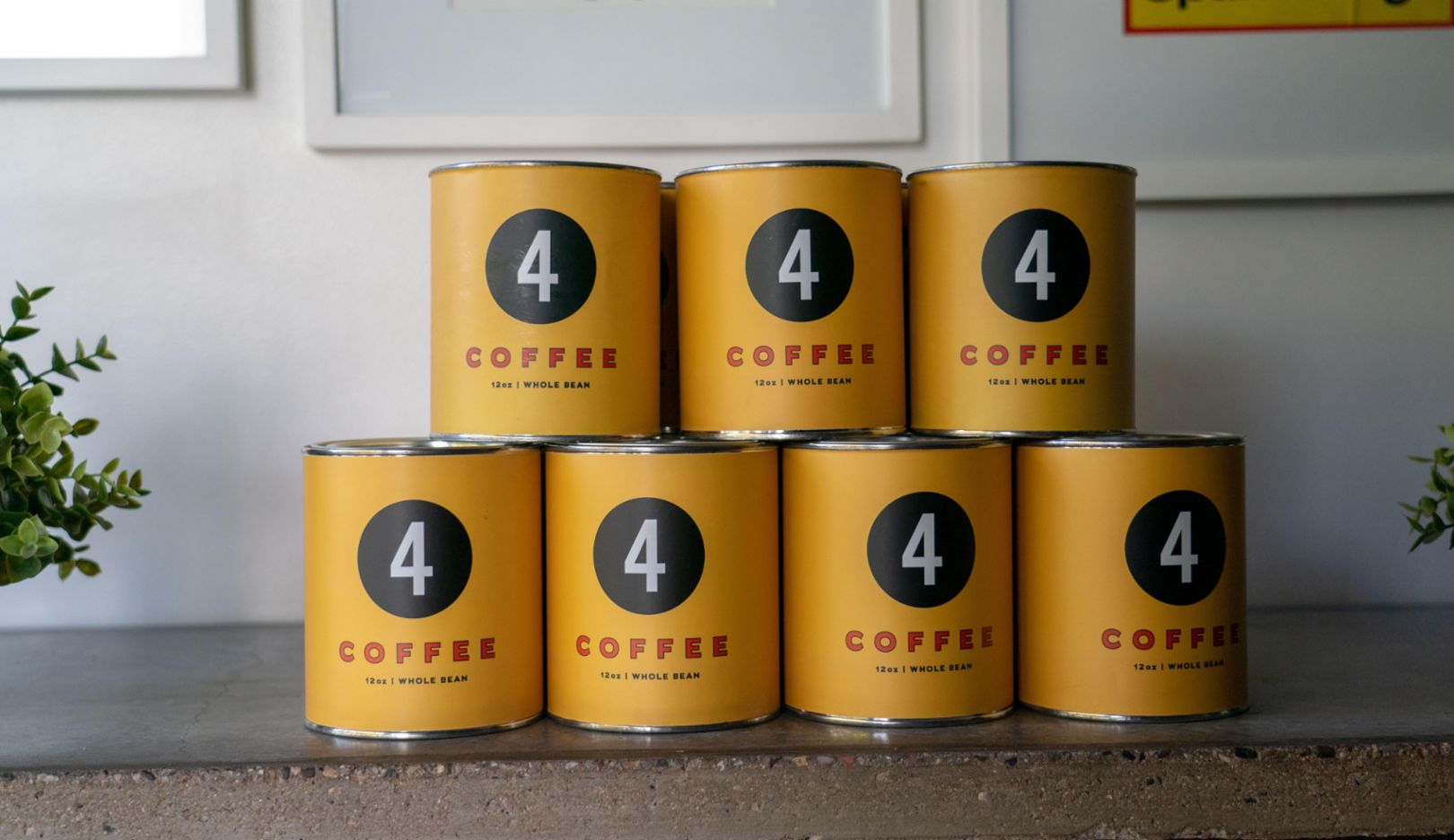 No coincidence: the coffee beans come from Casey's favorite café: Fourtillfour. A subtle reference to the legendary Porsche 356.