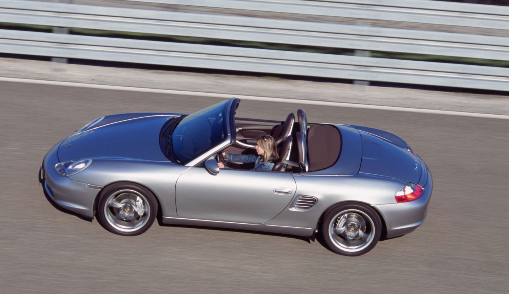 986 generation: 50 years of the 550 Spyder special edition (2004). The Boxster S special edition evokes its kinship to the 550 Spyder. Its body lines and timeless elegance are reminiscent of the first thoroughbred Porsche race car.