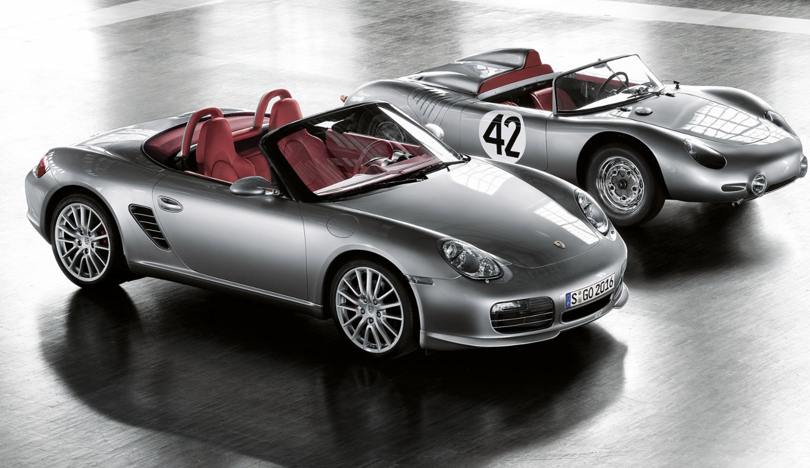987 generation: Boxster RS 60 Spyder special edition (2007). With another exclusive special series of the Boxster S, Porsche commemorates Hans Herrmann and Olivier Gendebien's historic triumph in 1960 at the twelve-hour race in Sebring, Florida. The Boxster RS 60 Spyder makes its début in March 2008, shortly after Hans Herrmann's eightieth birthday.